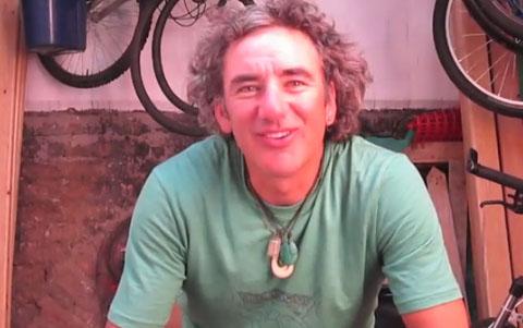Alvaro Neil Biciclown
