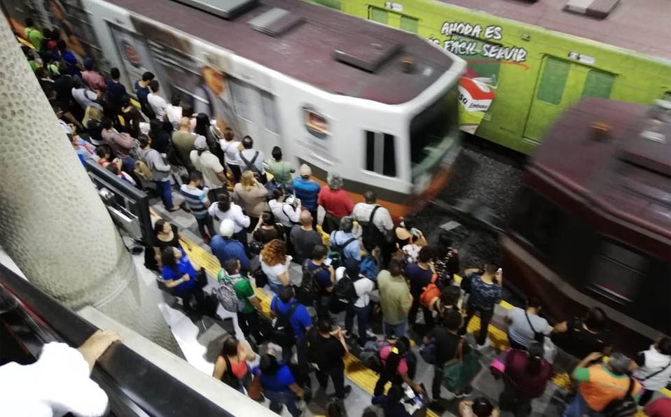 estacion-juarez-tren-ligero-sufre.jpg