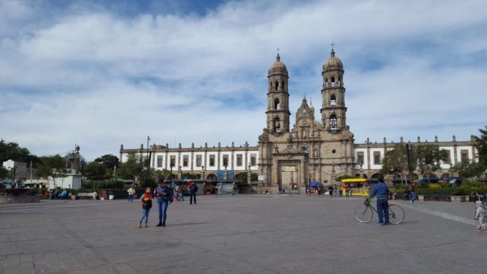 Basílica-de-Zapopan-Pablo-Lemus-Twitter-696x392.jpg
