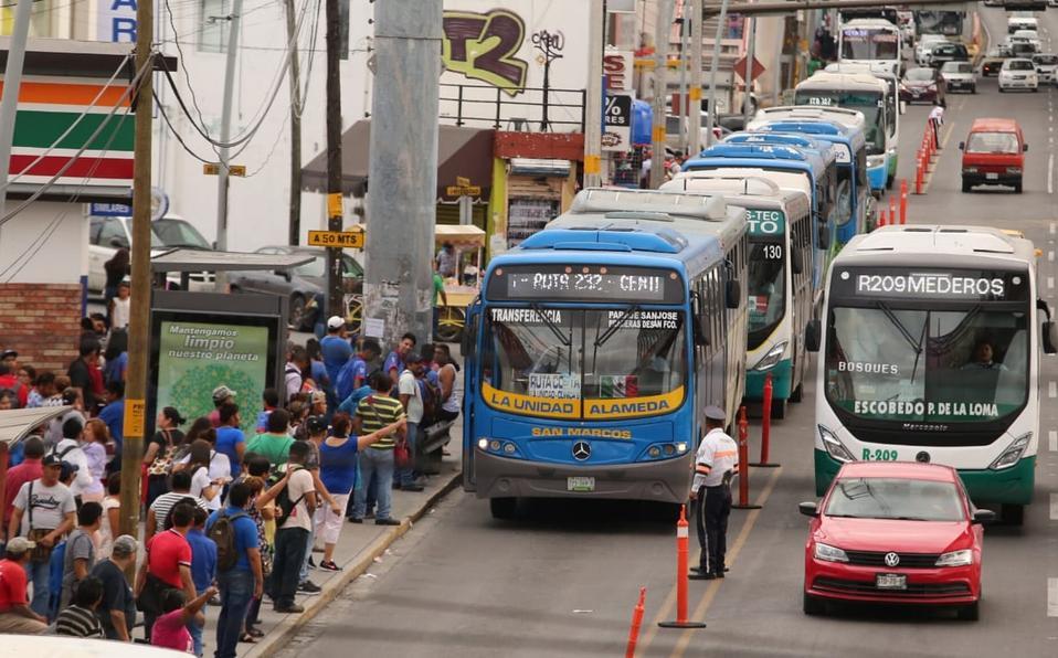 leon-rezago-remplazo-unidades-transporte_2